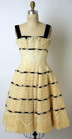 Dress  Anne Lowe  (American, Clayton, AL 1898–1981 Queens, NY)    Date:      ca. 1956  Culture:      American
