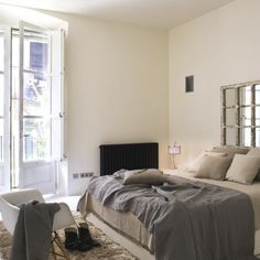 Decorating Bedroom With Home Decor Ideas Beige Walls Brown Apartment Living Room Ideas On A Budget Carpet And Fitted Gray Blanket Modern Decor Apartment Room Ideas
