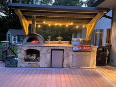 Outdoor Kitchen Grill, Pizza Oven Outdoor, Backyard Kitchen, Outdoor Kitchen Design, Outdoor Cooking, Modern Outdoor Pizza Ovens, Pizza Oven Outside, Outdoor Bar And Grill, Covered Outdoor Kitchens