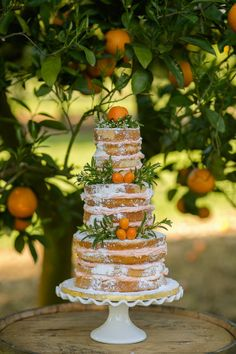 a naked wedding cake with greenery and fresh lumquats is great for a summer wedding Naked Wedding Cake, Summer Wedding Cakes, Mod Wedding, Rustic Wedding, Wedding Order, Camp Wedding, Gatsby Wedding, Wedding Vintage, Wedding Cake Decorations