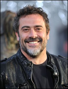 Jeffrey Dean Morgan....sigh