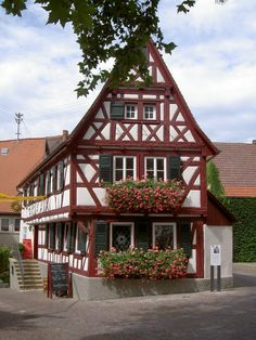 awesome house in Lauffen, Germany, built in late 15th century