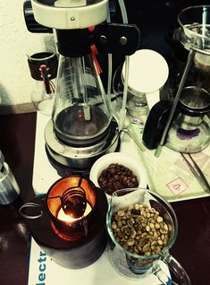 Coffee Candle, V60 Coffee, Chocolate Fondue, Coffee Maker, Candles, Desserts, Food, Coffee Maker Machine, Tailgate Desserts