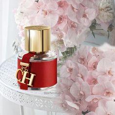 Perfume 212 Vip, Perfume Bottles, Ch Carolina Herrera, Perfume Carolina Herrera, Good Girl Perfume, Hoe Tips, Dolce E Gabbana, Sephora, Lotions
