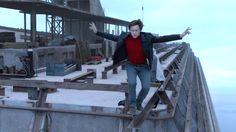 A Travessia: um trailer pra quem não tem medo de altura  #trailer #thewalk #atravessia #phelippepetit #josephgordonlevitt #robertzemeckis #FFCultural #FFCulturalCinema #FFCulturalTrailer
