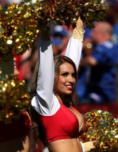 hot cheerleaders nuded at a game