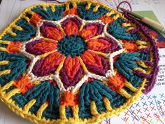 Mandala no 2 Best Picture For Crochet braids For Your Taste You are looking for something, and it is going to tell you exactly what. Crochet Mandala Pattern, Crochet Square Patterns, Crochet Circles, Crochet Motifs, Crochet Squares, Crochet Stitches, Crochet Cushions, Crochet Pillow, Crochet Home
