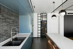 #מטבח #מטבחישראליעכשווי #מטבחישראל #עיצוב #עיצובים #עיצובפנים #עיצובפניםוהוםסטיילינג #נגרות_בהתאמה_אישית #נגרות #אדריכלות #עיצובמינימליסטי #kitchen #modernkitchen #contemporarykitchen #minimalistdesign #minimalism #interiordesign #israelidesign#israeliart #artofisrael #interiordesign #design #homestyling #carpenter #carpentry #homedesign #custommadecarpentry
