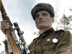 Снайпер Владимир Пчелинцев, уничтожил 152 фашистов, потратив 154 патрона. Удостоен звания Героя Советского Союза.