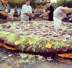 Pics of the biggest food on earth; a 2-ton cheesecake?!