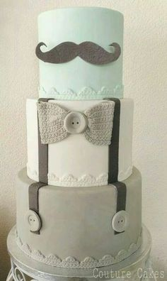 This makes for a perfect Baby Shower Cake...of course for a boy ?️My top layer will be light blue!