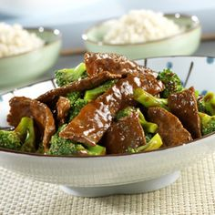Asian Beef & Broccoli Steak strips are stir-fried with broccoli and simmered in a tangy tomato sauce. Served over rice, this tasty dish is sure to please your dinnertime crowd. Beef And Brocolli, Easy Beef And Broccoli, Broccoli Recipes, Frozen Broccoli, Broccoli Rice, Spicy Broccoli, Stir Fry Recipes, Beef Recipes, Cooking Recipes