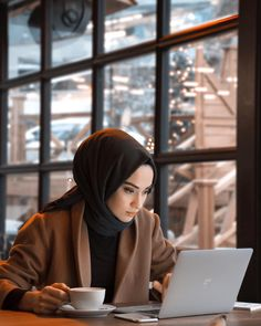 Likes, 415 Comments - Rabia Sena Sever (sena. Stylish Hijab, Casual Hijab Outfit, Hijab Chic, Hijab Dress, Modern Hijab Fashion, Muslim Women Fashion, Hijab Fashion Inspiration, Mode Inspiration, Modest Fashion