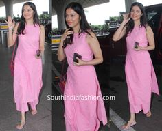 Divya Khosla Kumar in a pink palazzo suit at the airport Simple Kurta Designs, Stylish Dress Designs, Kurta Designs Women, Designs For Dresses, Stylish Dresses, Stylish Kurtis Design, New Kurti Designs, Salwar Designs, Casual Indian Fashion