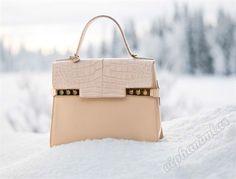 #delvaux #bag #çanta #aksesuar #çantamodelleri  Delvaux Sonbahar Kış Koleksiyonu 2014-2015 Çanta Modelleri