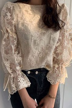 Lace Flare Sleeve Round Neck Nine Points Sleeve Standard Blouse - blouse designs Stylish Dresses For Girls, Stylish Dress Designs, Look Fashion, Hijab Fashion, Fashion Dresses, Blouse Styles, Blouse Designs, Bluse Outfit, Sleeves Designs For Dresses