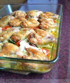 Csirkeszárnyak zöldségágyon