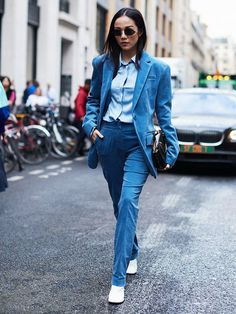 winter wedding outfits: say yes to a suit