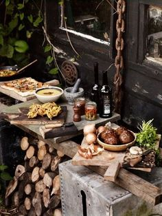 Rustic Food Display / Photographer Andrew Montgomery, UK great idea for event party catering. Rustic Food Display, Catering Display, Rustic Buffet, Catering Food, Food Photography Styling, Food Styling, Event Styling, Fingers Food, Table D Hote