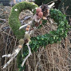 Srdce-Adventní přírodní (velké) Christmas Wreaths, Christmas Decorations, Holiday Decor, Buxus, Grapevine Wreath, Funeral, Grape Vines, Diy, Crafting
