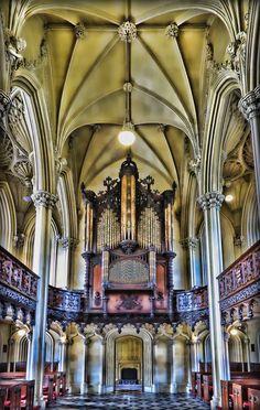 Opulent organ inside the Chapel Royal of Dublin Castle #EuropeanAntiques #AntiqueInstruments