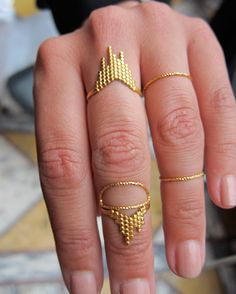maria black rings