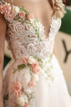 Wedding Dress Rose, Unique Wedding Gowns, Elegant Wedding Dress, Dream Wedding Dresses, Bridal Dresses, Wedding Styles, Unique Colored Wedding Dresses, Wedding Cake, Wedding Dresses With Flowers
