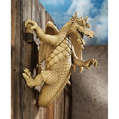 Snarling Medieval Flair Dragon Statue. Gothic Home Yard Garden Products & Gifts