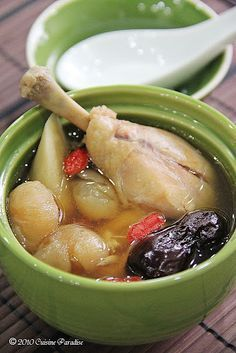 Chicken, Longan and Burdock Soup (Blood Pressure)