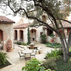 homes with a courtyard | 7,570 spanish courtyards homes Home Design Photos