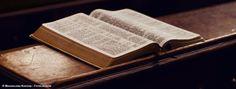 Dans l'esprit de nombreuses personnes, la notion de sacré est liée aux religions et, par extension, à Dieu. La plupart des croyants pensent