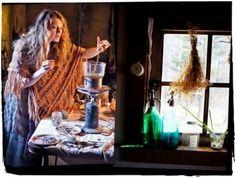 Начнем с еды. Если у Вас есть возможность,пользуйтесь деревянной ложкой и готовьте пищу в керамической посуде. С какими эмоциями готовится пища, та энергия и пройдет через тех, кто трапезничает. Ино…