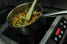 3- Les faire revenir dans une casserole avec un filet d'huile d'olive