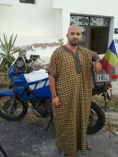 Andrei Georgescu circumnavigate the Earth on your bike. Interview for www.gandurisibucatareala.ro