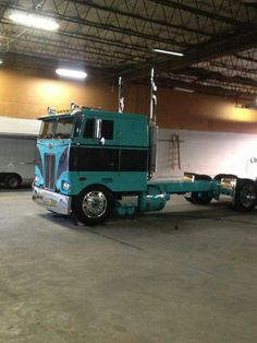 Sweet cabover Pete...