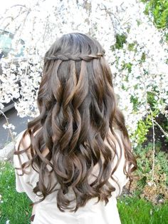 love this waterfall braid with curls, much too pretty to cover up with a veil wedding-style