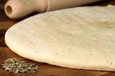 Aprenda a preparar massa de pizza com farinha de arroz com esta excelente e fácil receita. A massa de pizza com farinha de GLUTEN FREE - arroz é uma opção de massa sem glúten par...