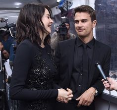 HE LOOKS SO HAPPY WHEN SHES HAPPY Why are they not married? Can someone tell me?