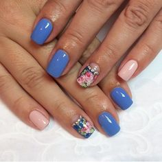 Pink and blue nails, ring finger nails