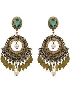 Earrings on Biamoraes