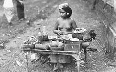 Bali - Suku Bali. Penjual makanan tempo dulu.