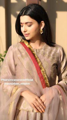 Punjabi Fashion, Indian Fashion Dresses, Dress Indian Style, Indian Outfits, Bridal Suits Punjabi, Pakistani Party Wear Dresses, Stylish Dress Designs, Stylish Dresses, Nimrat Khaira