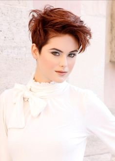 Perfect Short Hairstyles for Women0061