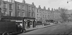 King's Cross Road and Penton Rise area Old Pictures, Old Photos, Camden London, London Photos, British History, Best Cities, Street View, Black And White, City