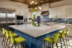 #kitchenisland #kitchen Furniture, Home And Family, Alcove, Dining, Floor Plans, New Homes, Table, Kitchen, Kitchen Dining