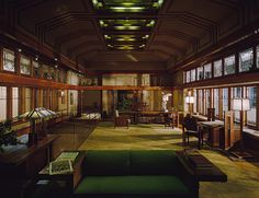 Living room from the Little House, Wayzata, Minnesota, 1912–14, designed by Frank Lloyd Wright