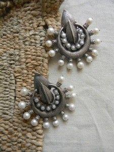 SITARA Earrings in 925 Silver with Pearls ( IJD0001 )
