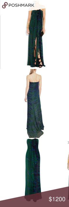 0853ec9c5c EMILIO PUCCI Tie-dye silk-georgette dress A striking tie-dye print &
