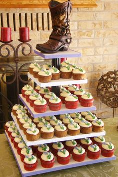 Get Southern with these tasty cowboy  #cupcakes from #SweetTreets