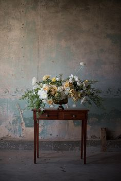 Photography, florals and styling SWEET ROOT VILLAGE
